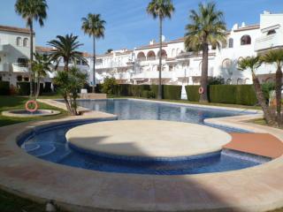 Apartamento San Esteban, Javea. 2 dormitorios. 1 baño, piscina comunitaria