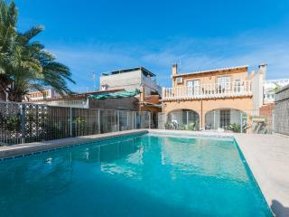 AMATISTA - Property for 8 people in Oliva