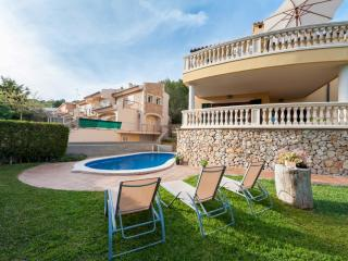 BESSÓ - Property for 10 people in Alcanada, Port d'Alcudia
