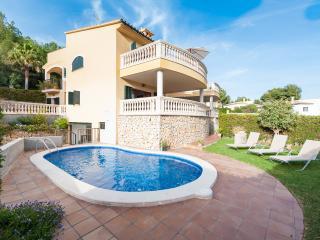 BESSO - Villa for 10 people in Alcanada