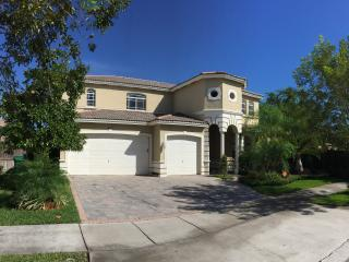5/3, 5 Beds, House, Cutler Bay, Cantamar