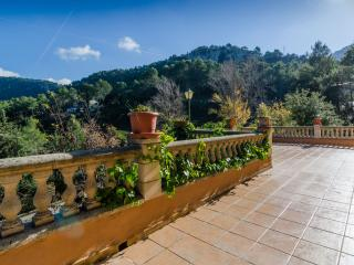 ESCOLANET - Property for 6 people in Lluc