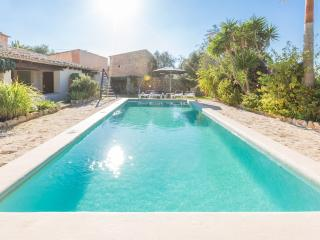 GORET VELL - Villa for 4 people in Santanyi
