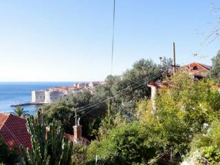 KIKI APARTMENTS- studio apartments with sea view, Dubrovnik
