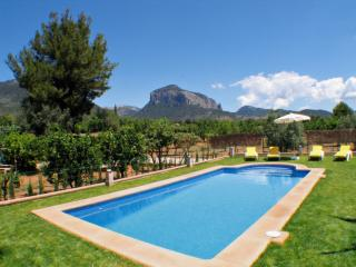 SEGUÍ - Property for 6 people in Alaro
