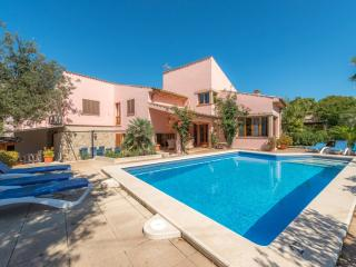VILLA CALA GRAN - Property for 8 people in Cala sant Vicenç, Cala San Vincente