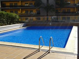 Luxury apartment, 250mt from the beach, Quarteira