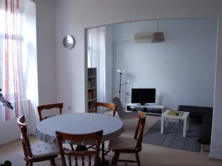 A large, well-equipped, two bedroom apartment Pula