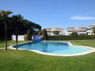 Precioso apartamento con piscina junto la playa!!, Pals