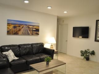 Renovated, Contemporary,  Bright and Convenient, Marco Island