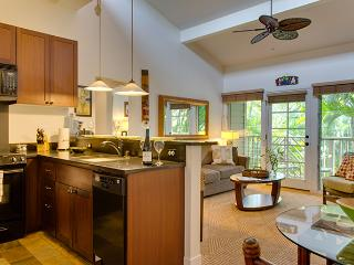 10% off the nightly rate 8/1-8/31 Aina Nalu D210!, Lahaina