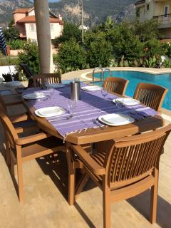 Villa Yaz alfresco dining