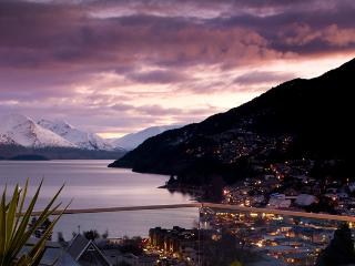 Queenstown by night.