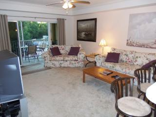Modern Condo with View of Nature Preserve, Cape Coral
