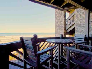 Maritime Place First Floor Oceanfront - Updated!, Garden City Beach