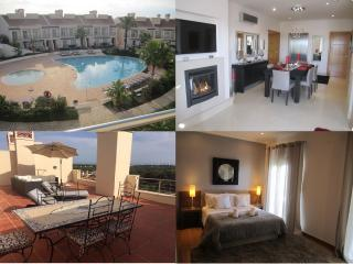 Luxury Penthouse Apartment with Private Elevator, Vilamoura