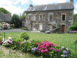 1 bedroom family sized accommodation, Mael-Carhaix