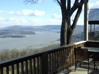 one of 8 awesome view, gated, hot tub fireplace
