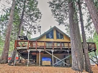 Arnold Cabin w/Deck- 4 Mi. to Big Trees State Park