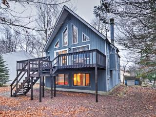 New Listing! Calm & Quiet 4BR Tobyhanna Home w/Private Wraparound Deck & Peaceful Views - Within 10 Miles of Ski Resorts, Mount Airy Casino, Town Center & Family Fun!