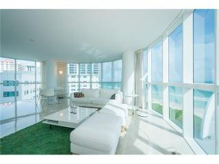 Breathtaking views/3 bedroom condo, Panama City Beach