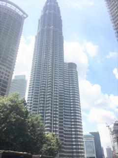 K Residence KLCC Three Bedroom Apartments Twin Towers View