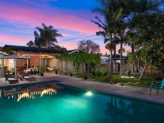 +BEAUTIFUL GARDEN HOME+10 MINS TO DISNEY+4BD/2BATH, Garden Grove