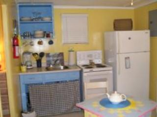 Alba Cottages (1BR + Futon) Wasaga Beach Area 1