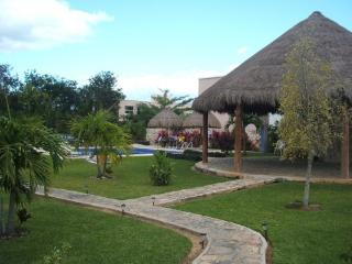 Nice casita with pool | Linda casa con alberca, Playa del Carmen