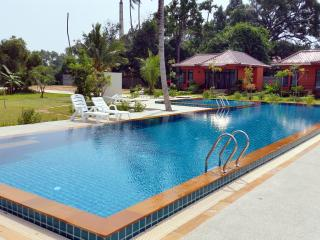 Brand New Tropical House 3 Bedroom, Surat Thani