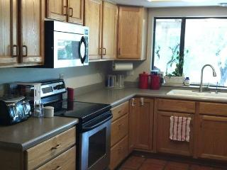 N.PHX Bd/Bth/Hall/Pool/share home areas, Phoenix