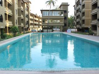 Spacious Apartment in Resort, Siolim