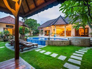 Villa Limon Seminyak