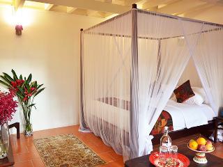 Superb Deluxe Suite in Penang!, Georgetown