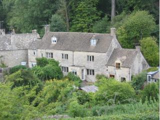 Beautiful Grade 2 listed holiday cottage