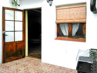 Spacious house with terrace and BBQ, Aracena