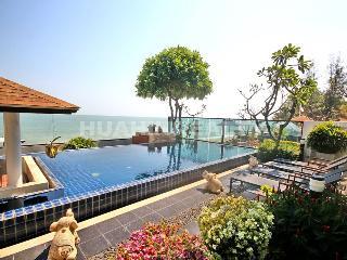 Luxury modern style 4 bedroom beachside villa, Hua Hin