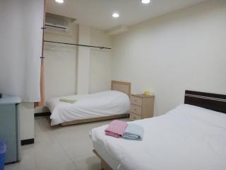 PalmTreeHouse@Shilin Night Market Suite (A6), Taipei