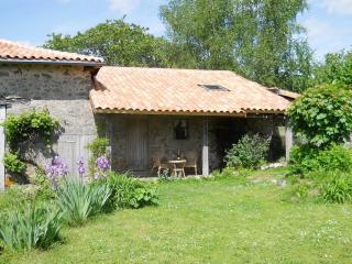 Chez Ardanza Rural B&B, Busserolles