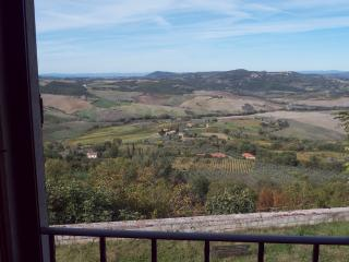 MONTEPULCIANO OLD TOWN