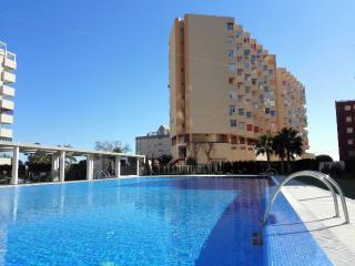 Studio apartment with sea views and pool in Calpe