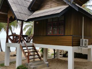 At Beach Bungalow Beachfront, Mae Nam