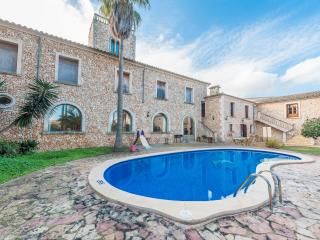 CAS METGE MONJO - Property for 14 people in Maria de la Salut