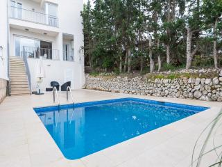 CAN PAU - Property for 6 people in Maria de la Salut