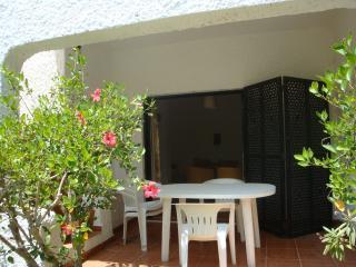 Pedras da Rainha Villa w/ Garden, Cabanas