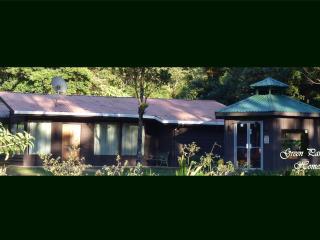 'La Zarigueya' a Green Paradise Home, Monteverde