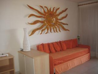 Sunny Apartment in Portisco, Olbia