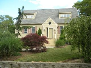 Immaculate Vac home 1/4 mile to Beach t 14, Barnstable
