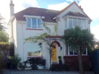 Characterful 1930's Detached 4 Bedroom House., Paignton