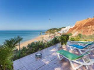 Sea View Villa 30 mts from the Beach in Albufeira, Olhos de Agua